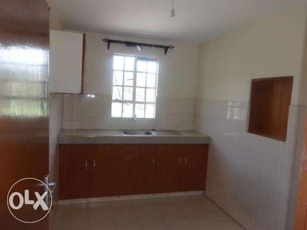 elegant two bedroom to let south c South C - image 2