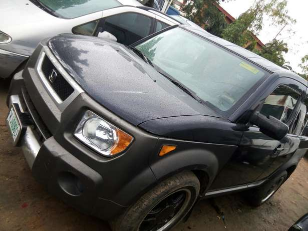 Nigerian used Honda Element 2004 Agege - image 8