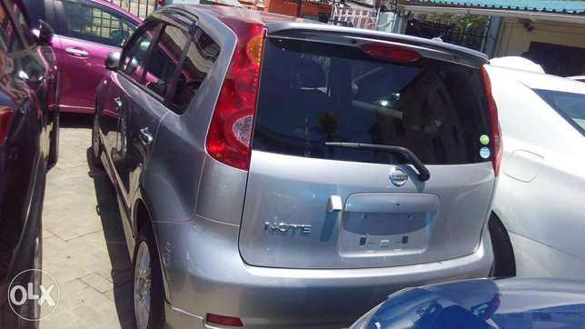 Nissan note silver colour fully loaded kcn Mombasa Island - image 8