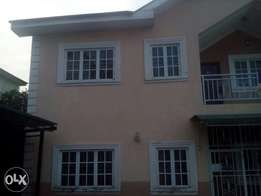 Fully detached duplex with 1 bedroom guest house