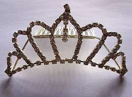 Vintage large silver metal rhinestone wedding/bridal tiara haircomb