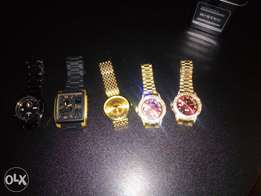 Designer wrist watch at affordable price
