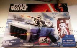 Star Wars set-Brand new sealed in box-R550.00 at toy stores