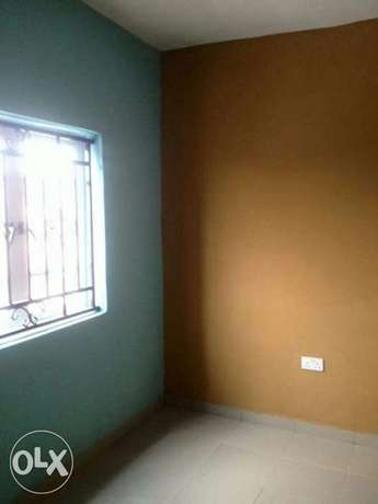 2 bedroom flat upstairs at olusesan adetula off masha, 600k 1y Surulere - image 2