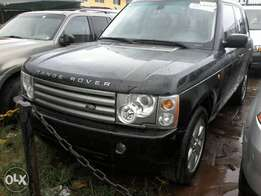 newly arrived tokunbo range rover 2004