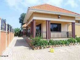 2 in 1 2bedroomed house for rent in bweyogerere at 700k