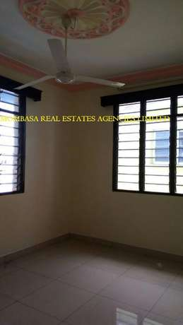 Two Bedroom sparky at 22k Mombasa Island - image 1