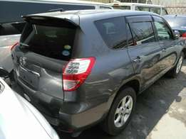Toyota Vanguard Mileage 22000km KCM number 2010 model loaded with al
