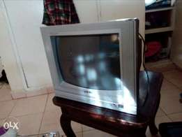 Old model tv & Used microwave
