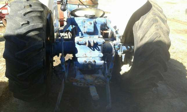 Fordson Tractor Brits - image 3