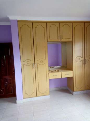 Very spacious four bedrooms for sale Ongata Rongai - image 8