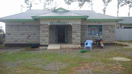 Hotel , restaurant and lodgings for sale at jamboni in eldoret.