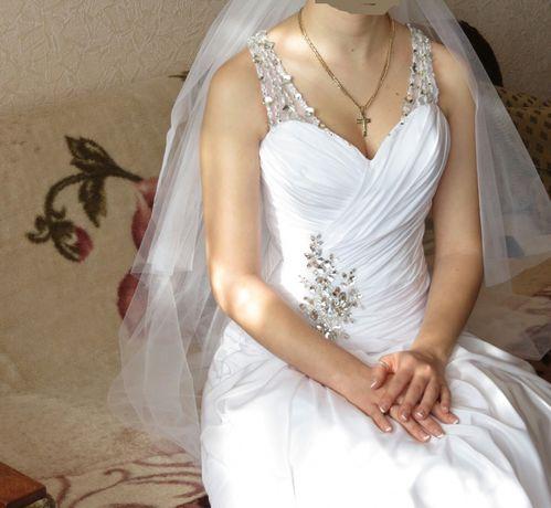 Весільне плаття  2 500 грн. - Весільні сукні Луцьк на Olx 5c522b352bbc6