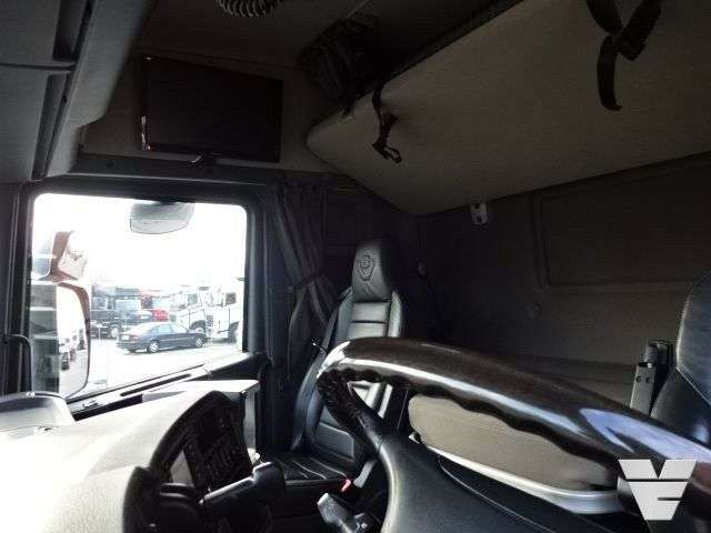 Scania R730 Lb6x2hnb Bdf Chassis Low Kilometer - 2014 - image 7