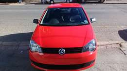 2o14 polo vivo 1,4 red cloure selling in a good condition