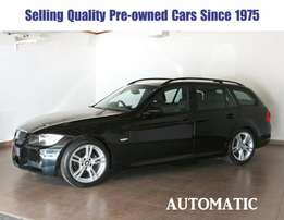 # 3133 BMW 320i Touring A/T
