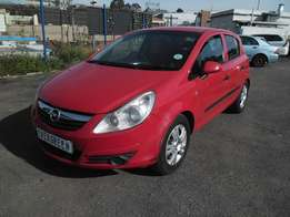 Opel corsa 1.4 Essentia 2009 Model with 4 Doors, Factory A/C and C/D