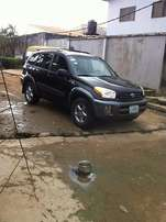 Very cheap Toyota RAV4 (2004)