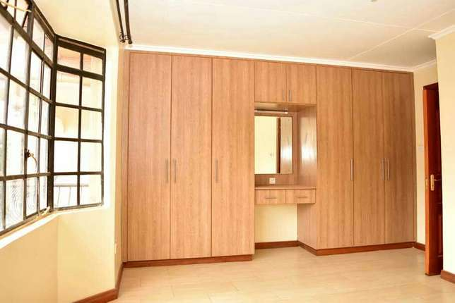 Beautiful 3 Bedroom Apartment To Let- Kiambu Rd Thindigwa - image 5