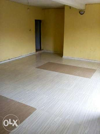Nicely built 3 Bed Room flat to let Ibadan South West - image 2