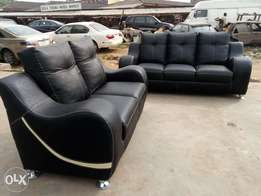 Complete set of quality leather livng room seats