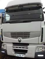 Renault 380 DXI horse for SALE