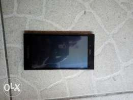Clean Blackberry Z3 for sale wit android version