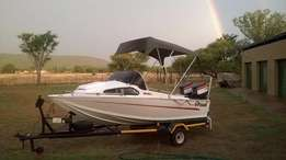 seastar boat with 2 X Electric 40 HP engines