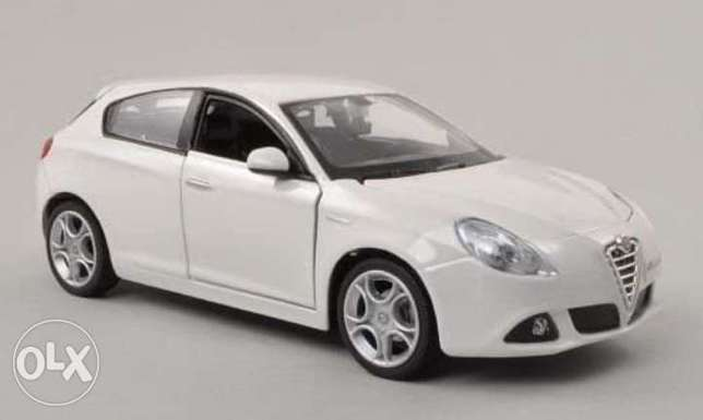 Alfa Giulietta diecast car model 1:24.