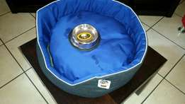 Brand new dog bed plus bowl with tag still on for R250