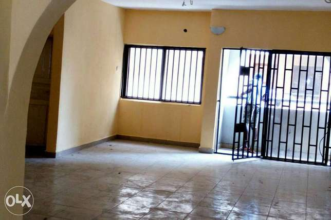 Standard Executive 3bed Rooms Flat at Ajao Estate Isolo Lagos Mainland - image 1