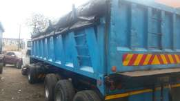 23 cube end tipper trailer- very neat