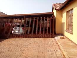 House to rent at Orchards Ext 47