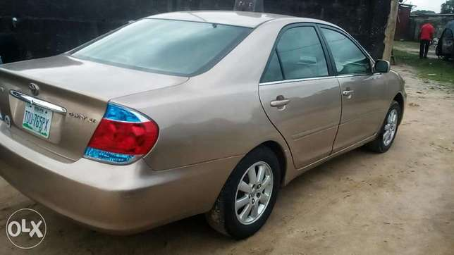 Direct 2005 Toyota Camry available for sell Warri South - image 5