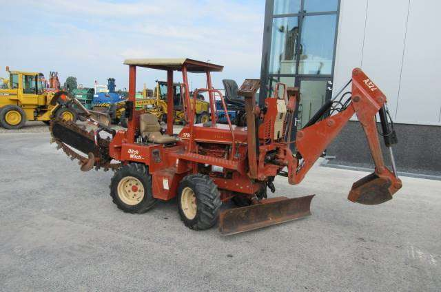 Ditch Witch 3700 Cd Trencher - 2003