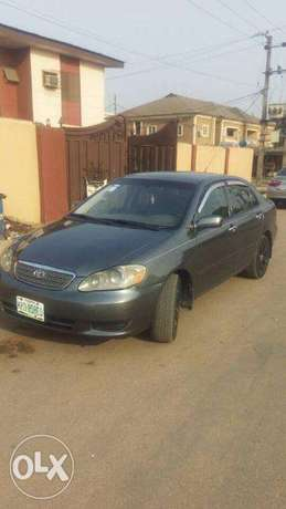 Nigeria Use 2006 Toyota corolla with installed tracking system N1.3m Lagos Mainland - image 5