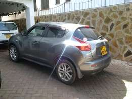 Nissan Juke Fully loaded 2010 full tank fuel Price is negotiable
