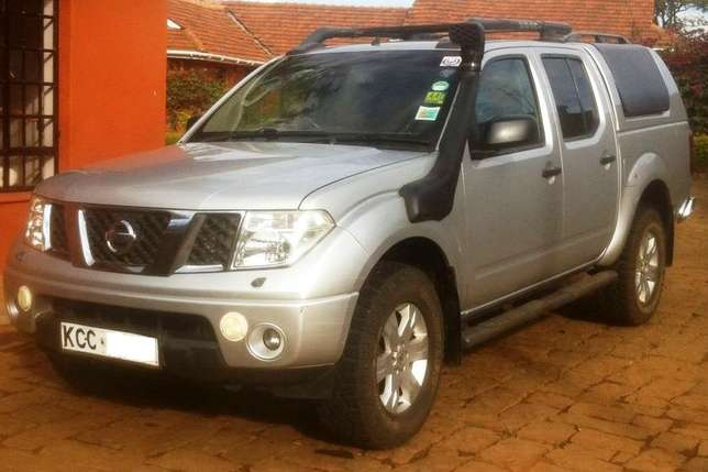 2006 Nissan Navara, auto 2.5L diesel dCI engine, well maintained Karen - image 1