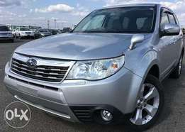 2009 Subaru Forester with leather seats fresh import