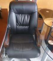 New top leather executive office chair