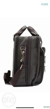 tumi lap top big size bag الرياض -  2