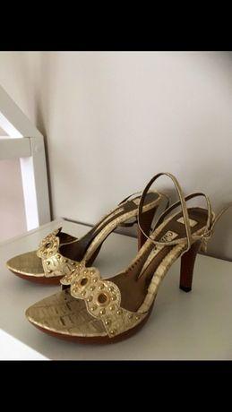 Złote buty szpilki na obcasie r.39 Wieliczka • OLX.pl
