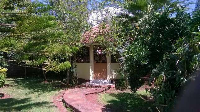 Hse for sale at karen nairobi Ngong - image 4