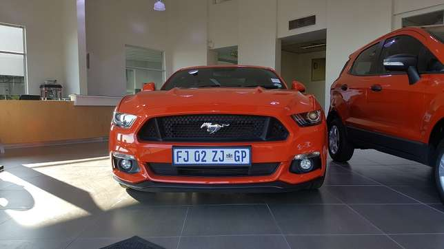 Ford Mustang 5.0 GT Fastback Auto Roodepoort - image 1
