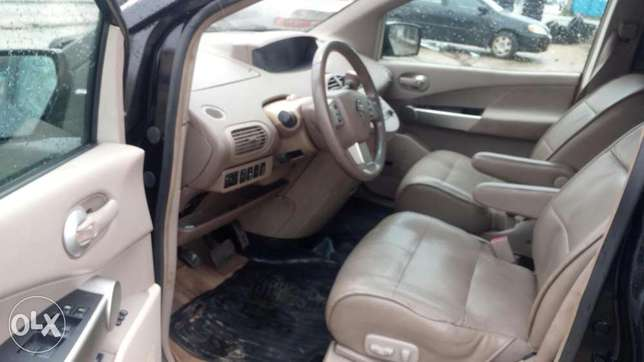 Extremely sharp and sound firstbody 04 quest with factory chilling AC Warri South - image 5
