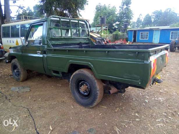 Land cruiser pick up Eldoret North - image 2