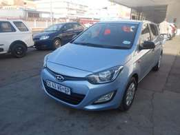 Hyundai i20 1.2 motion 2013 model 53000km blue in colour R110000