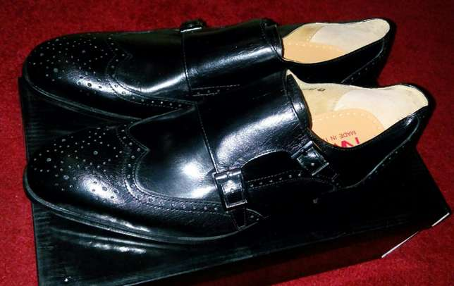 Italian double monk strap genuine solid Leather oxford shoes. Nairobi CBD - image 3