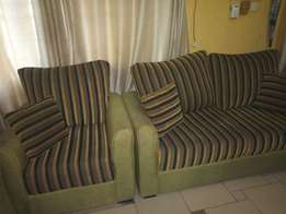 7 seater settee - 3 seater, 2 seater and 2 singles with throw pillows