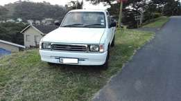 with no dent no rust very good condition, clean1999 Toyota Hilux Singl
